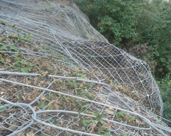 昆明优质开口式帘式网生产厂家-腾和边坡防护