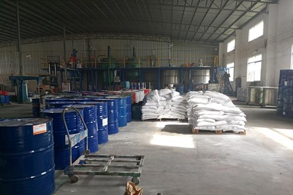 新疆推荐足球场人造草图片-天建体育
