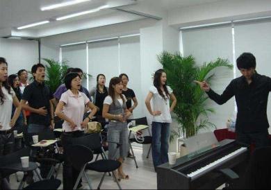 新都专业钢琴入门培训