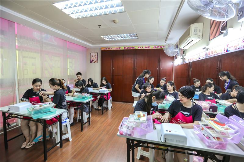 惠城正规的学化妆技术在哪里