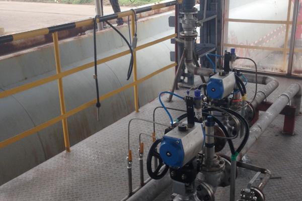 中包裝流水線-煙臺瑞暉灌裝設備