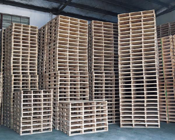 安徽出售實木托盤公司-太倉怡盛包裝材料