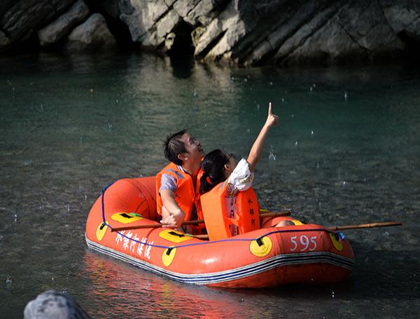 重慶刺激周邊漂流門票多少錢-水銀河大峽谷漂流