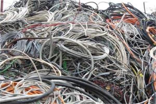 灌云高價二手鋼材回收利用-冬芹收購物資