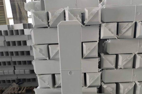 山西復合材料國道里程碑采購-棗強強豪玻璃鋼