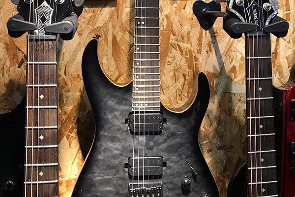 哈爾濱初級吉他入門學校-大橫按現代音樂