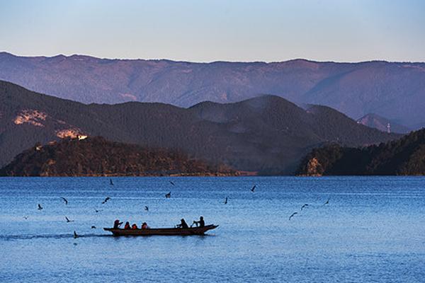 云南夏季泸沽湖v校园自助游校园日在攻略大全项目图片