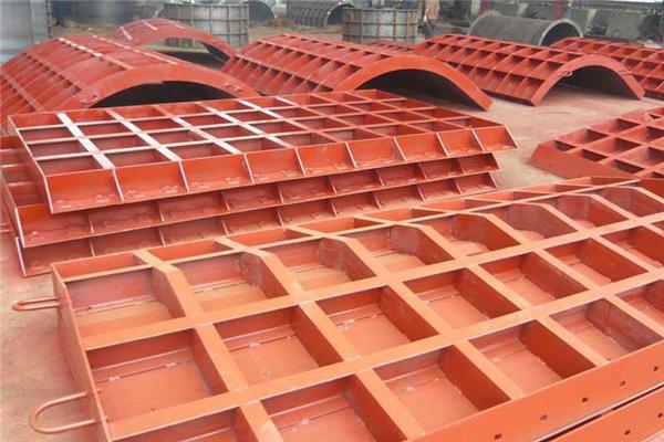 你知道钢模板在施工时应该怎样减少误差吗?原来是...
