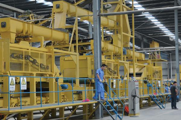 贵州专业新板材措施-信阳世通机械制造