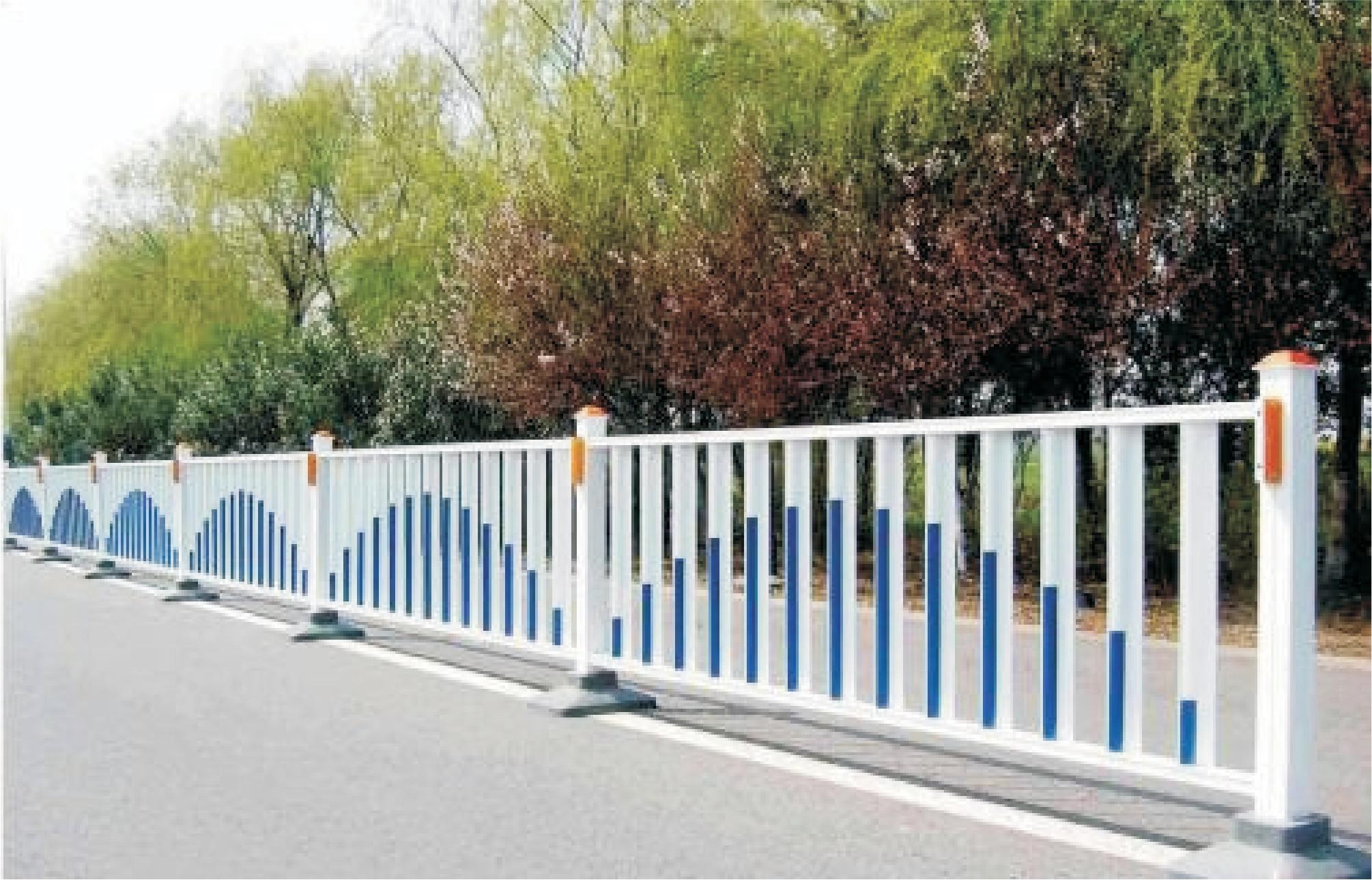 你是不是也很好奇高速公路上的护栏网有什么特殊呢?