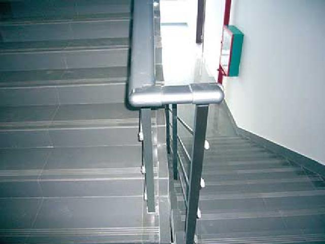 百色锌钢护栏型材厂家
