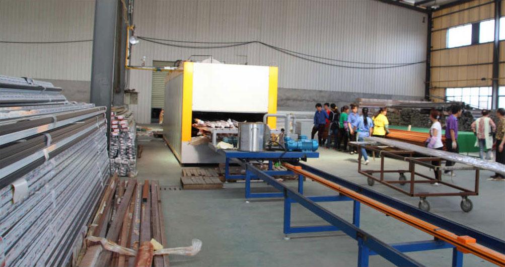 亞廣推拉隔熱門窗鋁型材批發市場